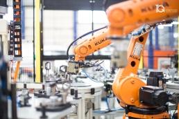 Robots en la planta de Comanai